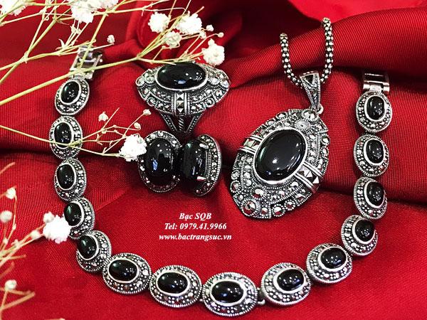Bộ trang sức đá đen Onyx
