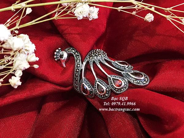 Nhẫn bạc Thái hình chim công