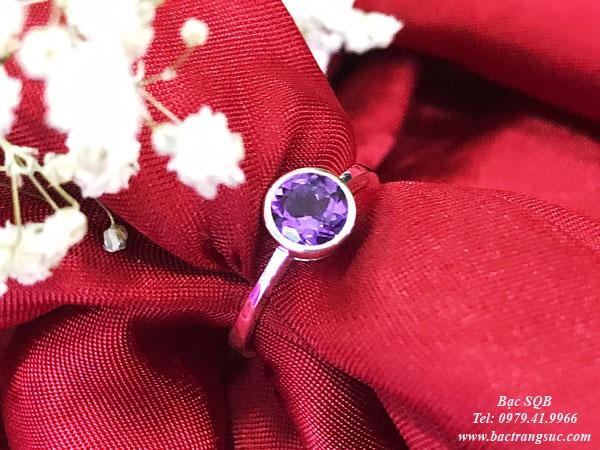 Nhẫn bạc đá phong thủy thạch anh tím