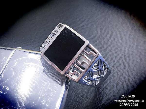 Nhẫn bạc nam đính đá màu đen Thái lan
