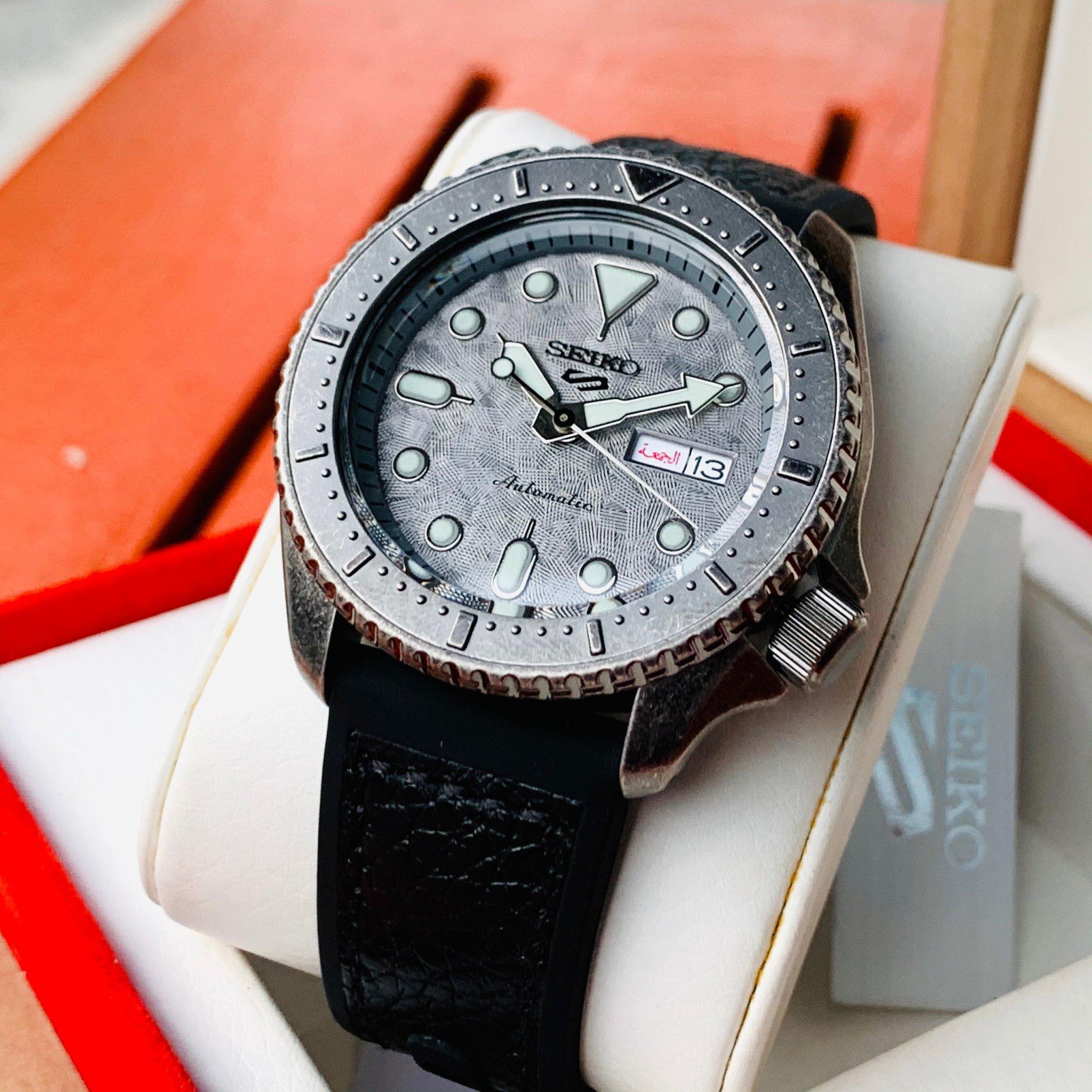 Đồng hồ chính hãng Seiko