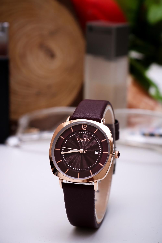 Đồng hồ hãng J.u.l.i.u.s mặt vuông