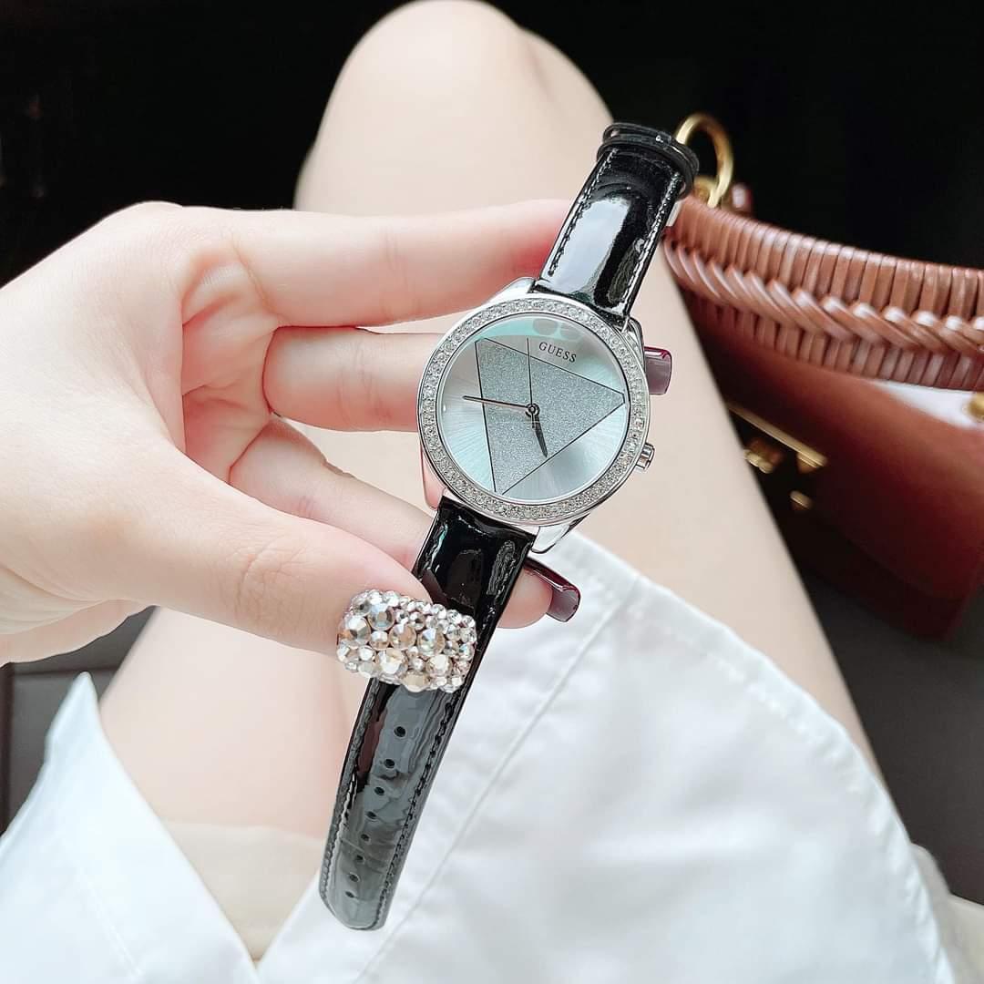 Đồng hồ hãng G.U.E.S.S dây da nhũ
