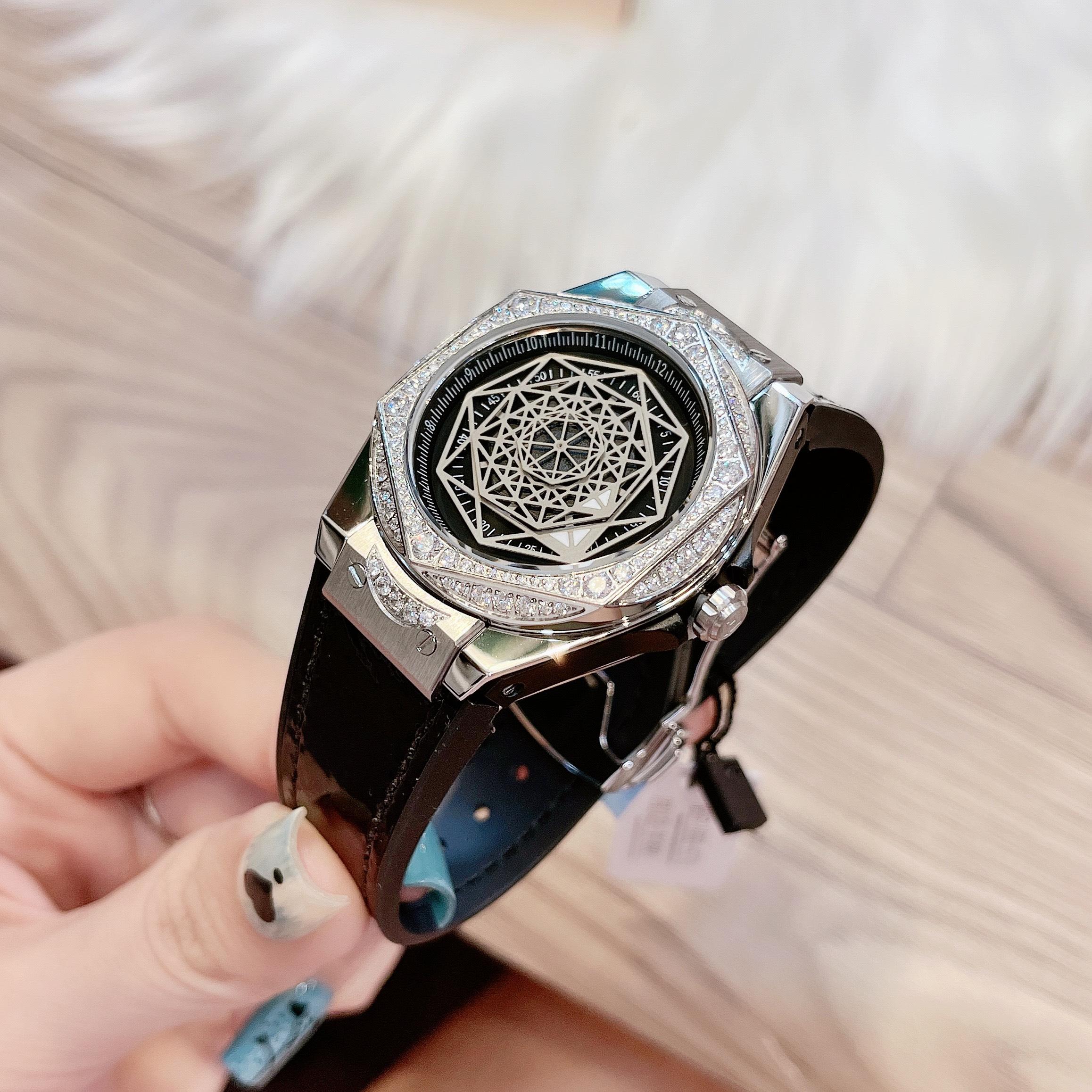 Đồng hồ hãng Hanboro