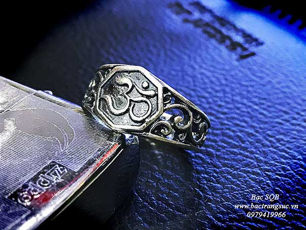 Nhẫn bạc Thái nam RI-3061 (OFF10%)