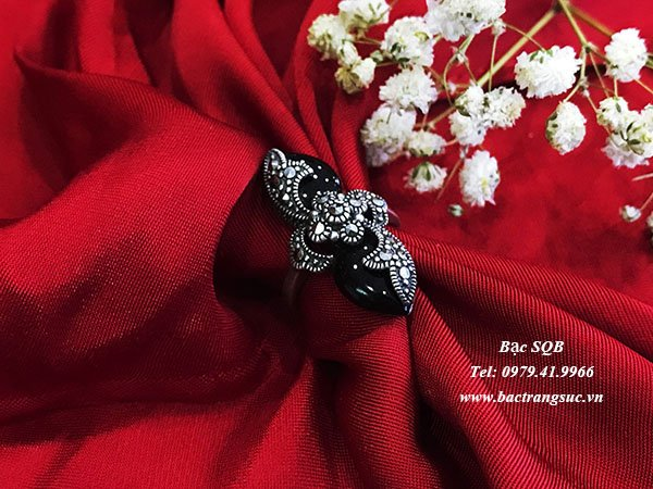 Nhẫn bạc nữ đá đen phong thủy  RI-307