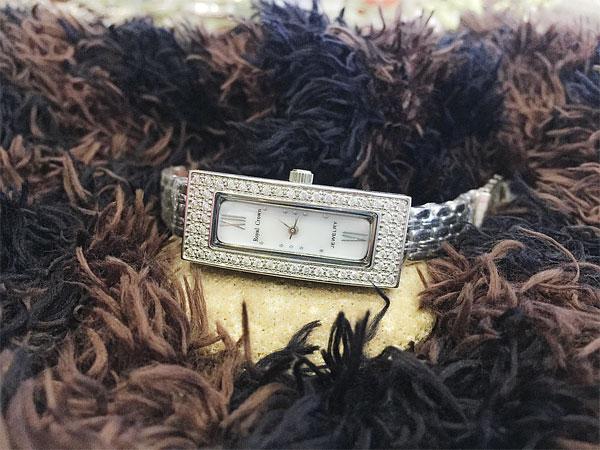 Đồng hồ nữ Royal Crown WA-W153