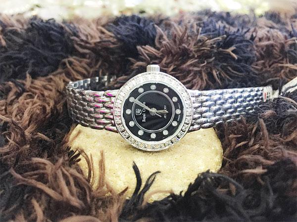 Đồng hồ nữ Royal Crown WA-W215