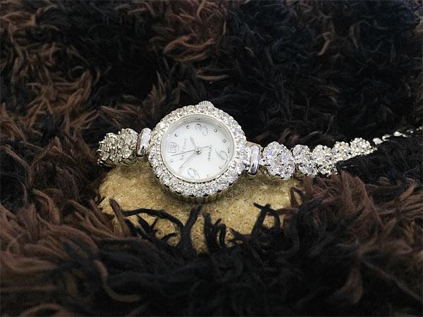 Đồng hồ nữ Royal Crown WA-W230